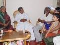 CM-with-Devanuru-Mahadeva-family